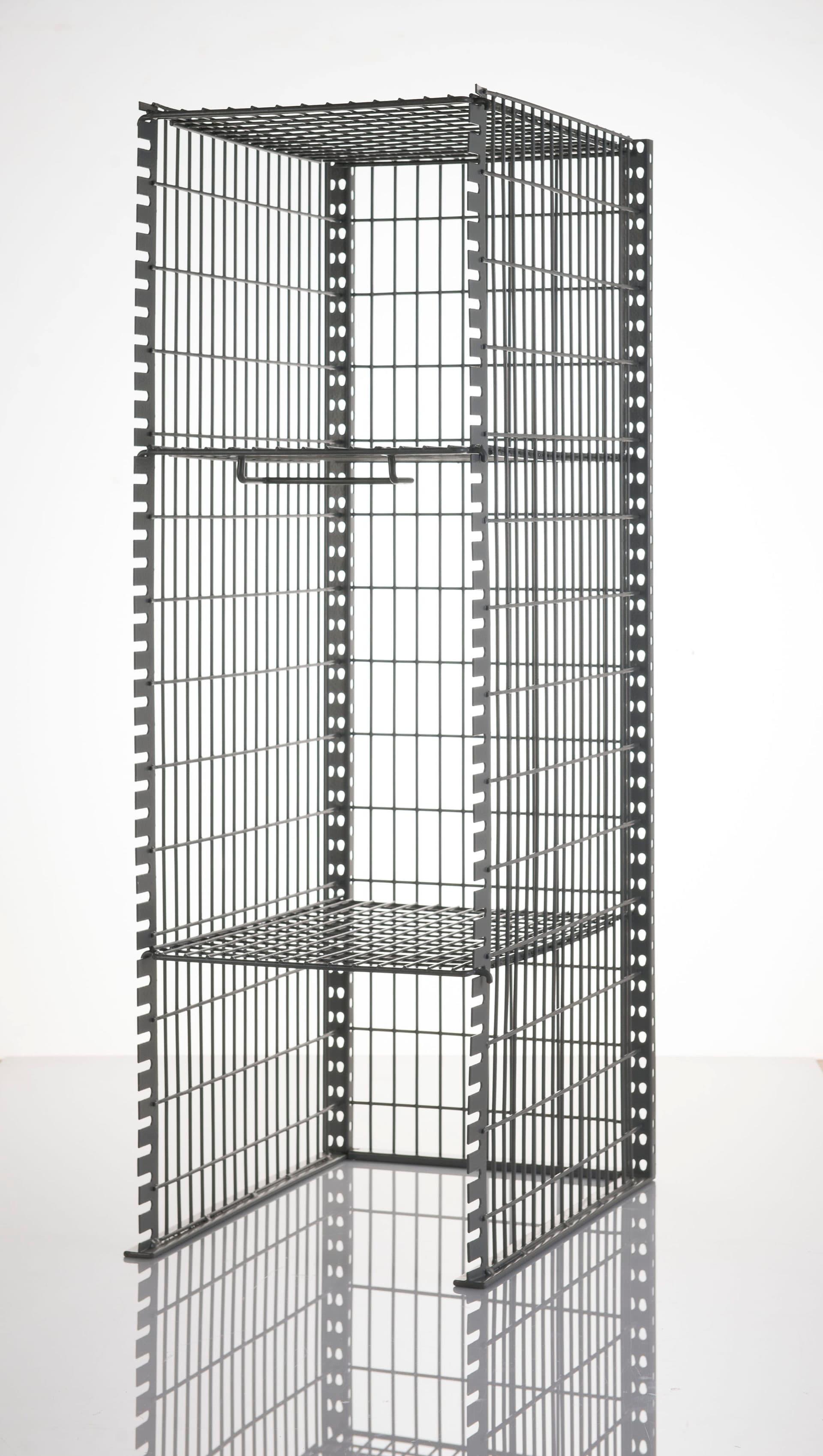 Imagen casilleros modulares en parrilla de acero