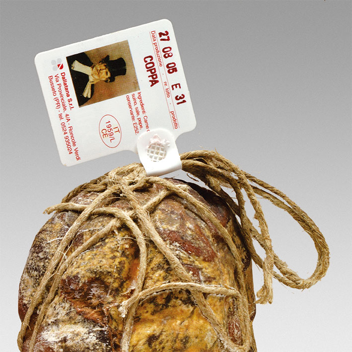 ham with the LILO SIGILLO traceability identification label applied